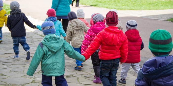 עבירת אי שליחת ילד לבית הספר - משמעותה והעונש בצידה