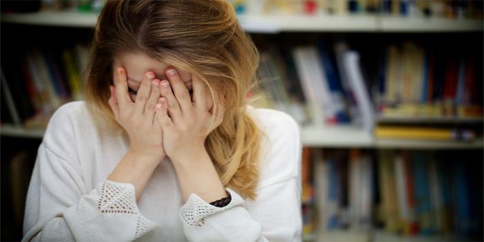 כיצד להתמודד עם הטרדות מיניות באקדמיה?