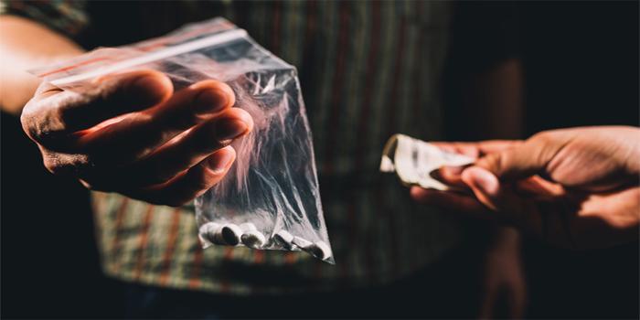 עבירת תיווך בעסקי סמים