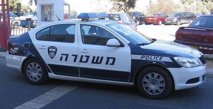 צעירים חשודים כי תקפו שוטרים במהלך מסיבת גיוס של חברם