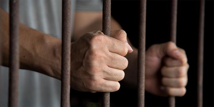 ירצה 9 חודשי מאסר לאחר שהכה בפטיש בראשו של אדם