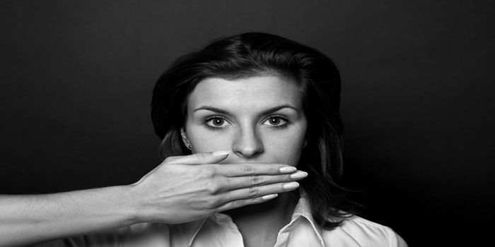 שמירה על זכות השתיקה בחקירה