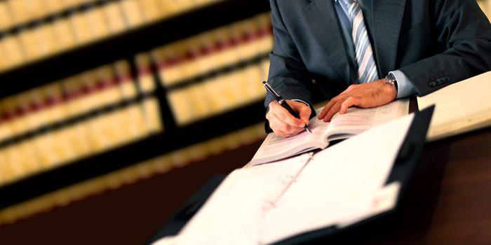 חסיון עורך דין - לקוח וחובת הסודיות