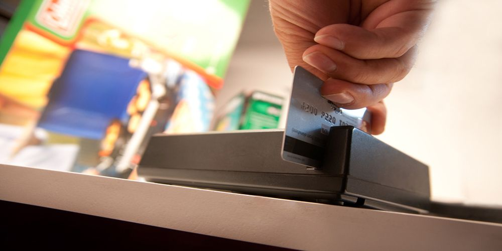 גניבה של כרטיס אשראי | הונאה בכרטיס חיוב