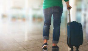 """מעל 7 ק""""ג קוקאין הוסלקו בתוך מזוודה של שתי צעירות מתל אביב"""
