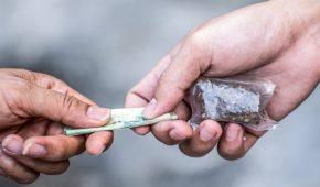 אישום: מכרו קוקאין ואקסטזי לסוכן סמוי במאות אלפי שקלים