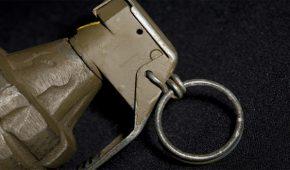כתב אישום נגד גבר שזרק רימון הלם לבית עסק בבאר שבע