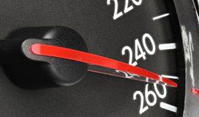 דוח בגין מהירות מופרזת – איך מתמודדים?