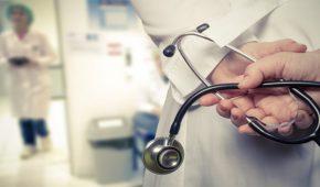 עבירת התחזות לרופא – משמעותה והעונש לצידה