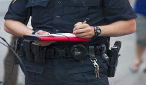 """כתב אישום נגד שוטר שתבע שוחד מיני מנהגת תמורת ביטול דו""""ח"""