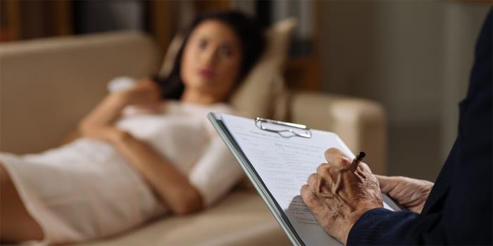 האם מותר לקיים יחסי מין עם מטופלת בהסכמתה שלא בזמן קשר טיפולי?