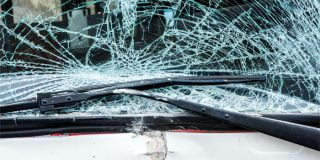 צעיר בן 21 נהג ללא רישיון וגרם למותה של אישה בת 53 ולפציעתה של תינוקת