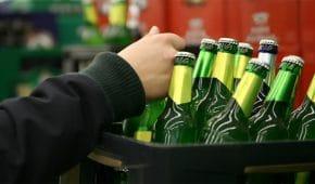 מכירת משקה משכר לקטין