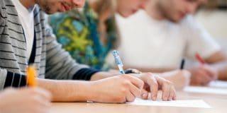 זומנתם לוועדת משמעת סטודנטים בגין העתקה בבחינה? יש מה לעשות