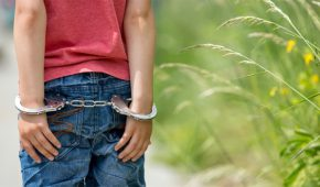 בן 13 חשוד בתקיפה מינית של ילדים בבני ברק