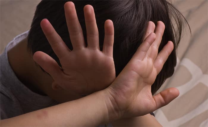 התעללות בקטינים וחסרי ישע