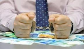 העלמת מס והשמטת הכנסות – סוגים ועונשים