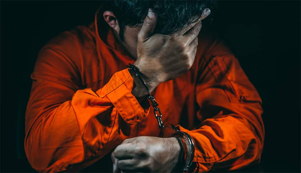 צדק מאוחר - סגירת תיק אונס קטינה מחוסר אשמה