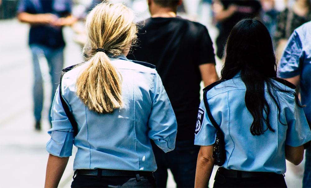 זיכוי מעבירת תקיפת שוטרים