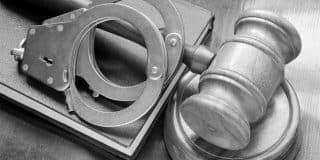 ביטול כתב אישום ללקוח שהואשם בעבירות אלימות והסגת גבול פלילית