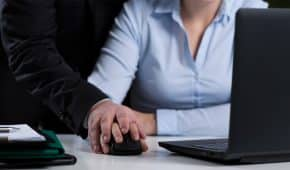 הטרדה מינית של מעסיק בעבודה – כיצד מתמודדים?