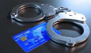 בית המשפט המחוזי ביטל עונש מאסר שנגזר על בני זוג חד מיניים שהורשעו בגניבה והונאה בכרטיסי אשראי