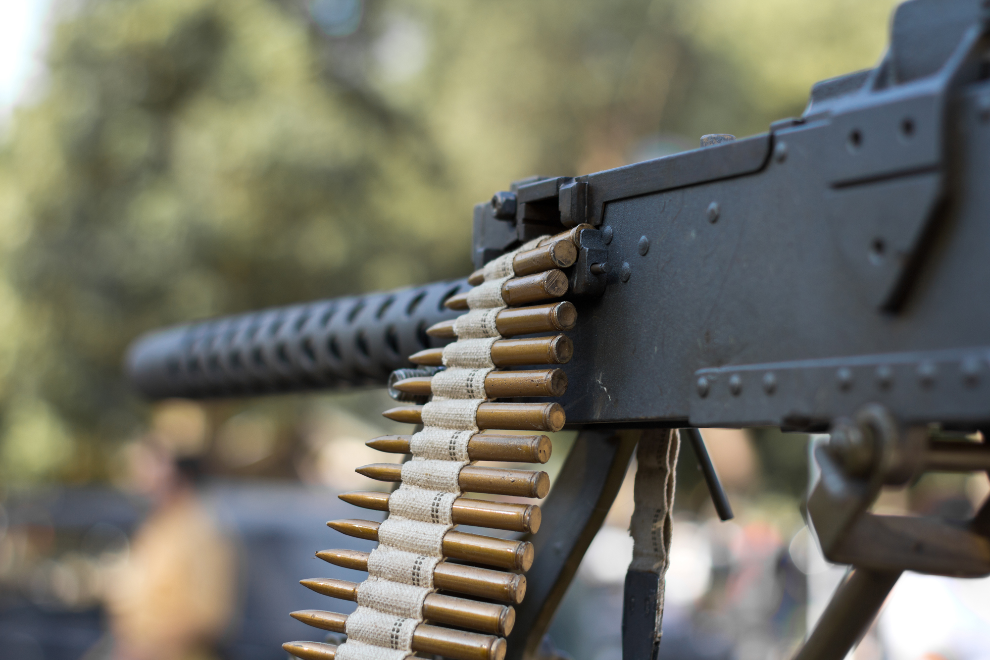 סגירת תיק פלילי ללקוח שהחזיק נשק מסוג מקלע בקוטר 0.5 בדרום